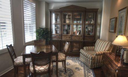 Glazen vitrinekast in huis: de mogelijkheden